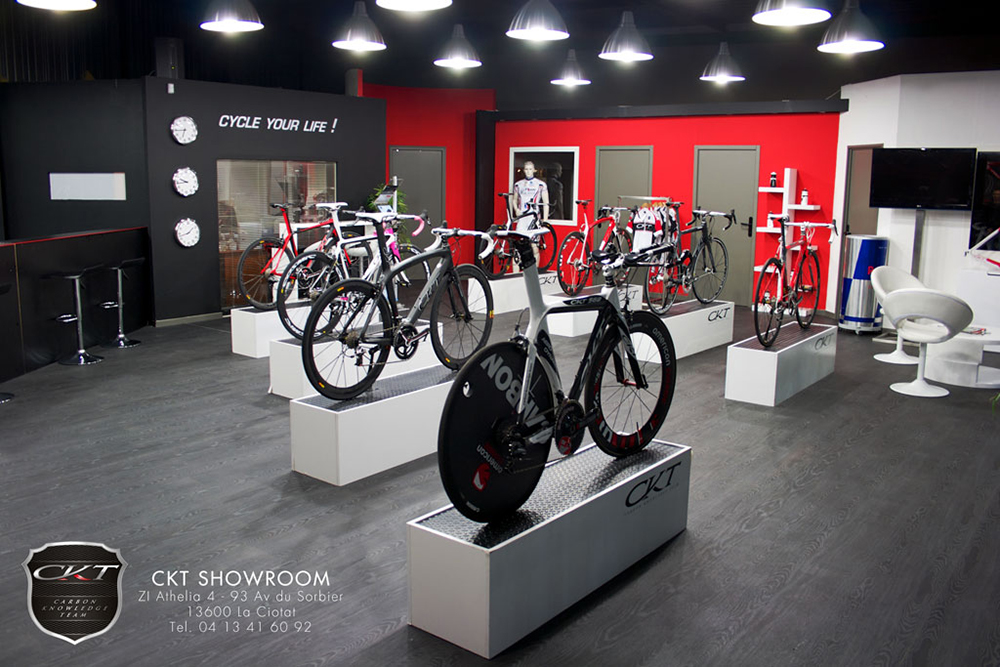 Bike-display-2013-shop-event-display-remi-chenu-innovation-engineering-ckt-heroin-cycling